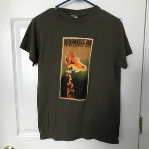 Jacksonville Zoo t-shirt size small in olive green